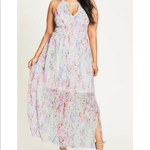City Chic dreamy floral maxi